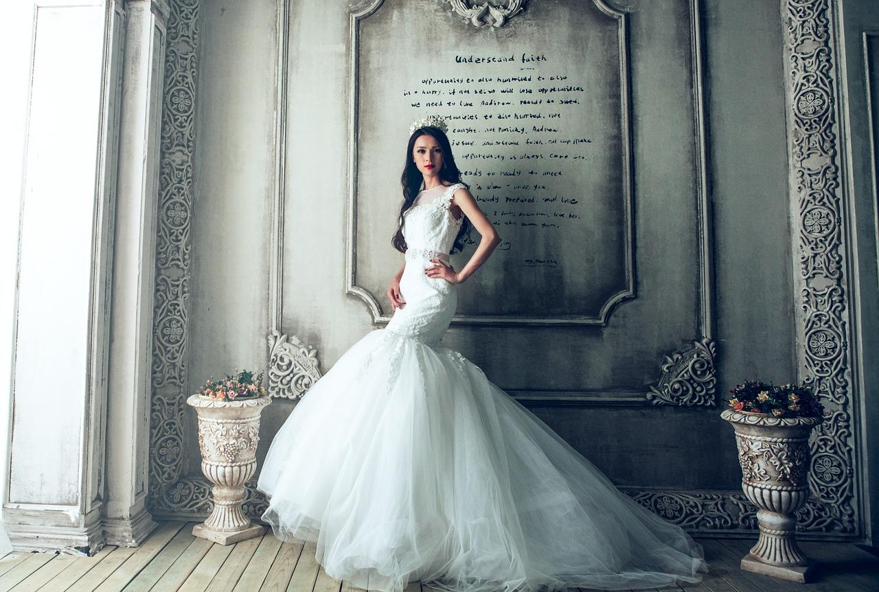 wedding dresses 1485984 1280 - Как организовать свадьбу своими руками | Пошаговое руководство